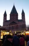 Mainz Cathedral Provides a Backdrop for the Christmas Market