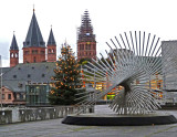 'Lebenskraft' Statue at Mainz City Hall