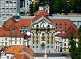 253 UrsÌŒulinska Cerkev Sv Trojice, Ljubljana.jpg