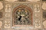 All done with mirrors and precious stones, Amber Fort