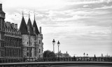 ParisLouveNDame-119blk.jpg