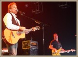 Kenny Loggins with Shem von Schroeck  on bass