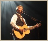 Kenny Loggins with guitar ~