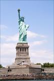 Statue vertical