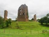 Sheriff  Hutton  castle  ruins. /  4