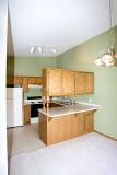 8558 Kitchen.jpg