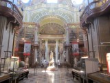 now back to the Hofburg, we visit the national library in the State Hall