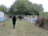 now we are off to see graves of people with names linked to Marlas relatives