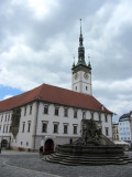 we arrive at the biggest town square, the Horni namesti