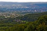 Blick vom Herkules über die Löwenburg auf Kassel und Baunatal
