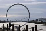 Bords de Loire : anneaux de Buren