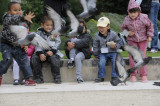 Children chase pigeons at Jardin Tuileries