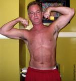 dad bathroom flexing bedroom muscle pumping.jpg