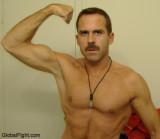 white plains new york muscleman gay wrestler seeks buddies.jpg