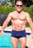 bodybuilding powerlifter musclestud wrestler pics.jpg