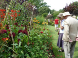 Inspecting The Red Borders  11-AUG-2012
