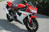 #007 Yamaha R1