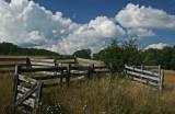 Old Cattle Loading Fencework on Appalachian Ridge tb0811hwx.jpg