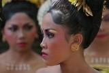 BALI : Denpasar Festival   ( Bali I )