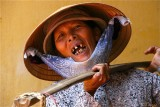 The laughing woman - Hoi Han market.