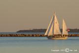 Sailing 075
