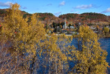 PB_ASC3684_Autumn_by_the_river:Rive_automnale_Mauricie_Quebec.jpg