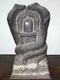 Naga stone. Two snakes facing each other over a Shiva-lingam. Museum of the Padmanabapuram Palace, Tamil Nadu. http://www.blurb.