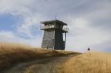 Visiting the Schoolhouse Peak Lookout