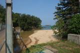 Jembatan menuju Pulau Manuk