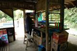 Warung di ujung lorong Gua