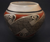 Hopi Migration Pattern Jar (Feather Woman)