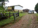 House Chestnut-capped Piha Reserve / RNA Arrierito Antioqueno
