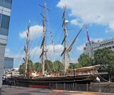 Dutch charter ship