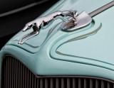 '34 Ford Roadster Emblem
