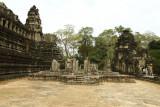 120102 Angkor 203.jpg
