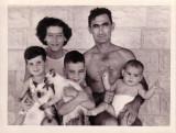 A Kahana family.JPG