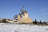 Régusse - windmills.JPG