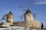 Régusse Windmills.JPG
