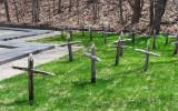 les croix de bois du cimetière amérindien