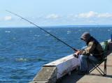 pêcheur sur le quai de New-Richmond