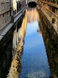 reflets d'un canal