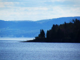 pointe sur le lac