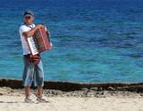 Un accordéoniste de plage