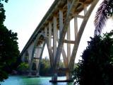 Le grand pont sur le Rio