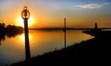 la lampe et le soleil levant