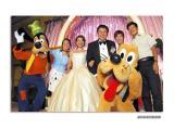 Sandy and Eddie (First wedding party in Disneyland HK)