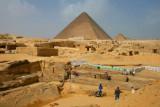 8979 Archeology at Pyramids.jpg