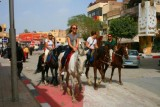 8984 Tourists in Giza.jpg