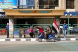 8988 Bus stop in Cairo.jpg