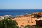 9171 Empty beach Sharm.jpg
